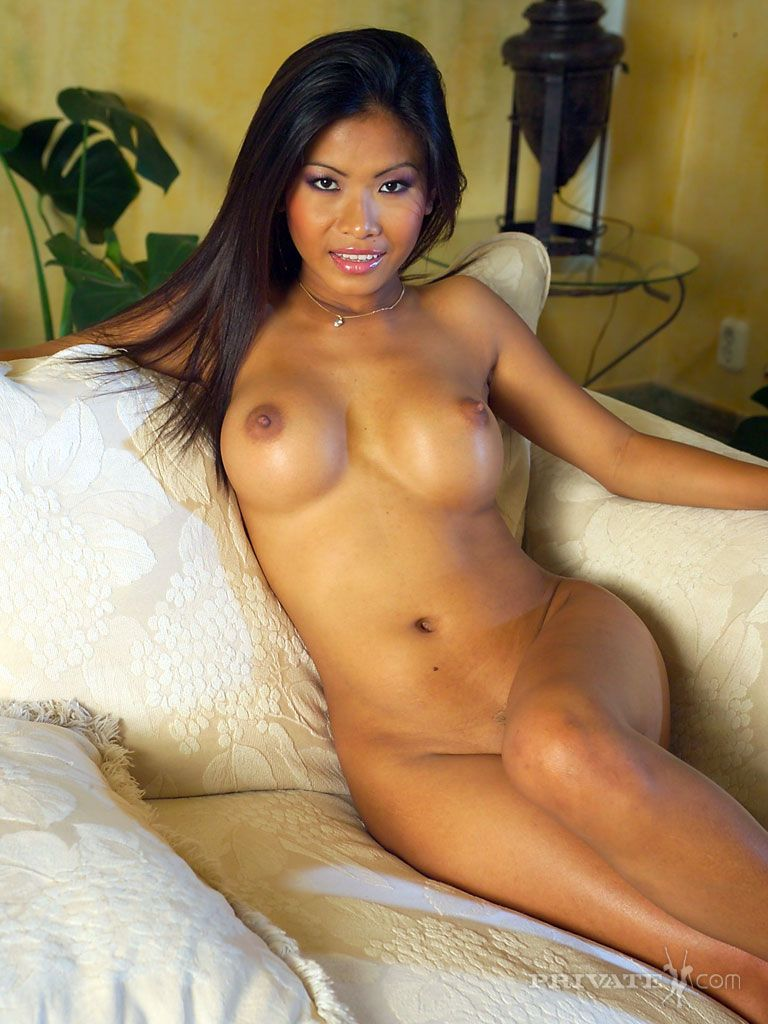 Asian bikini babe porn