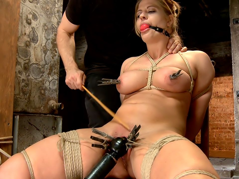 Twinkle T. recommendet preview Big boob bondage free