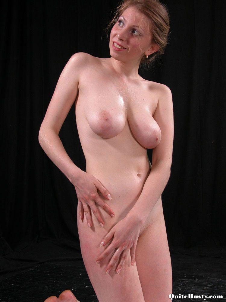 Amateur natural tits