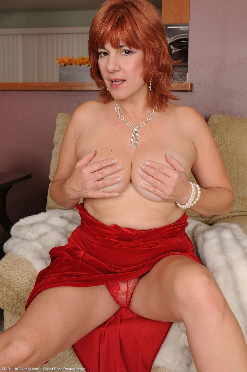 Hot redhead housewife