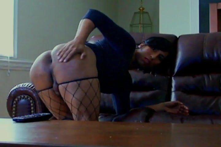 Big booty sissy