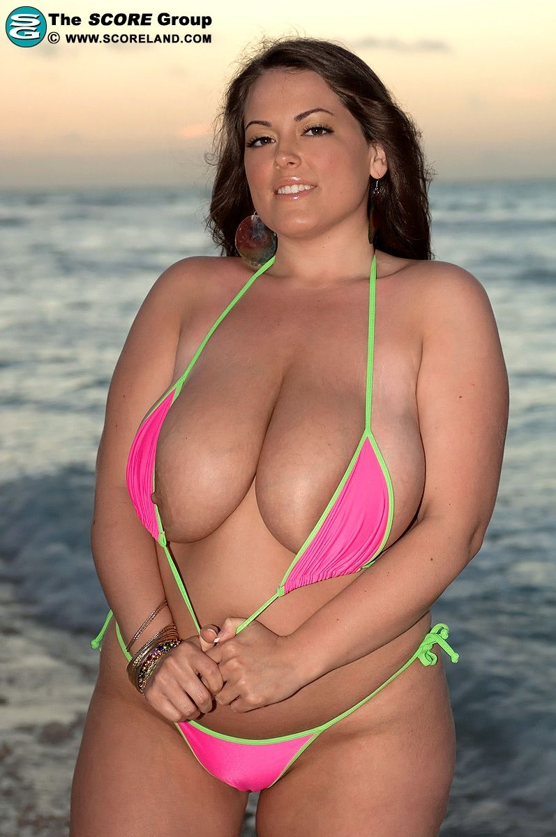 best of Photos big girls breast bikini