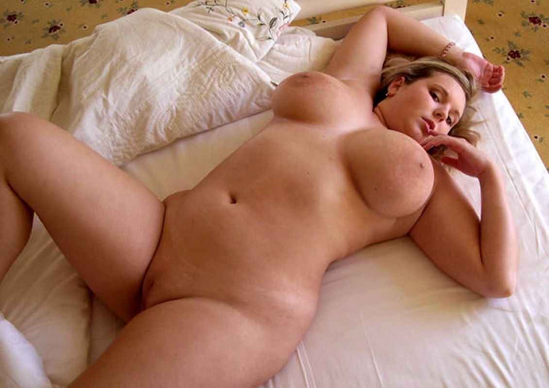 Big tit chubby nude