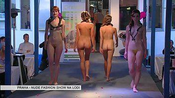 Diamond D. reccomend bikini fashion show