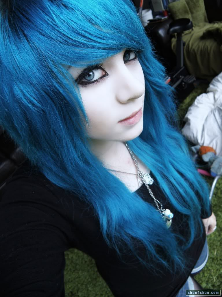 Isis recomended emo blue haired