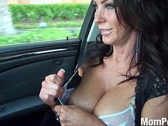 8-track reccomend busty milf car