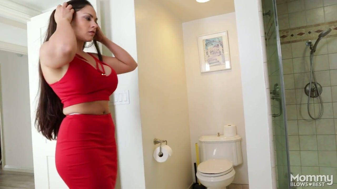 Two bitch slut fuck in webcam show.