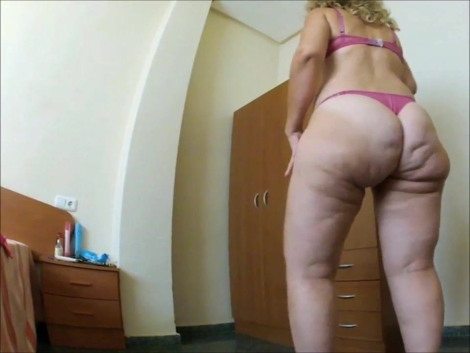 Handyman reccomend cellulite pawg