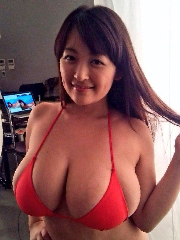 Goldfinger reccomend Chubby parade busty mature