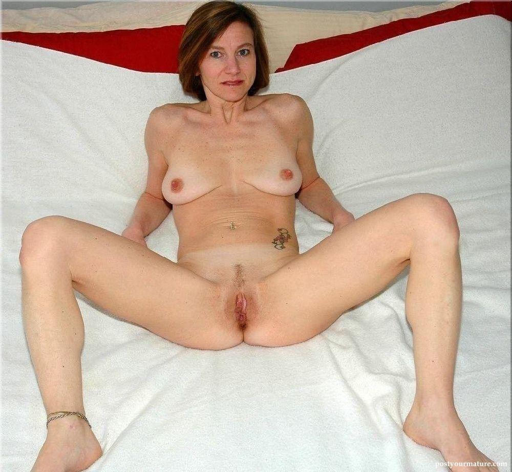 Sparkplug reccomend Sexi mature woman legs