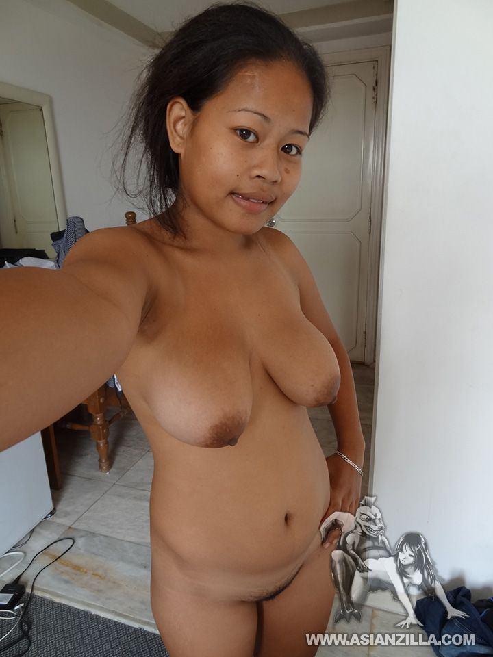 Cebuana (A Filipino Girl fucked her yummy pussy).