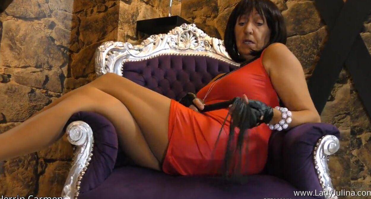 Dogwatch reccomend Femdom mistress milf
