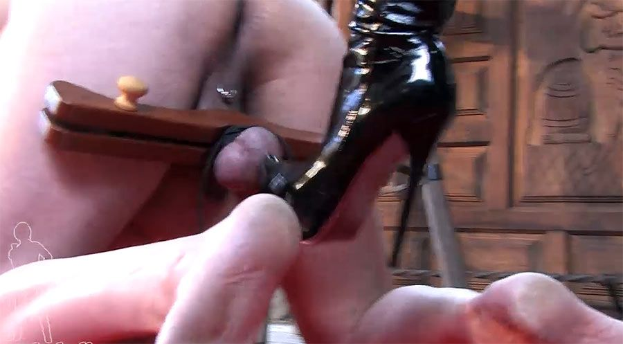 Blade reccomend Femdom wearing the humbler