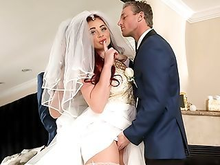 Ginger reccomend Femdom wedding day pics