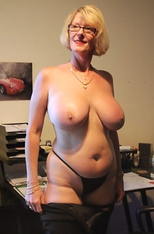 Free mature boob galleries
