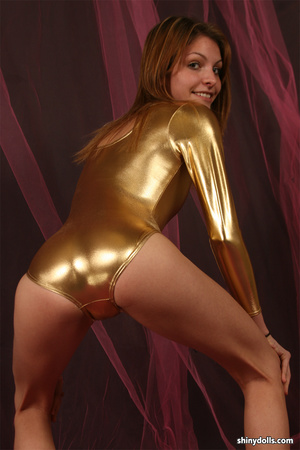 Cold F. reccomend gold latex