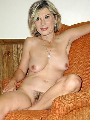 Homemade mature moms naked