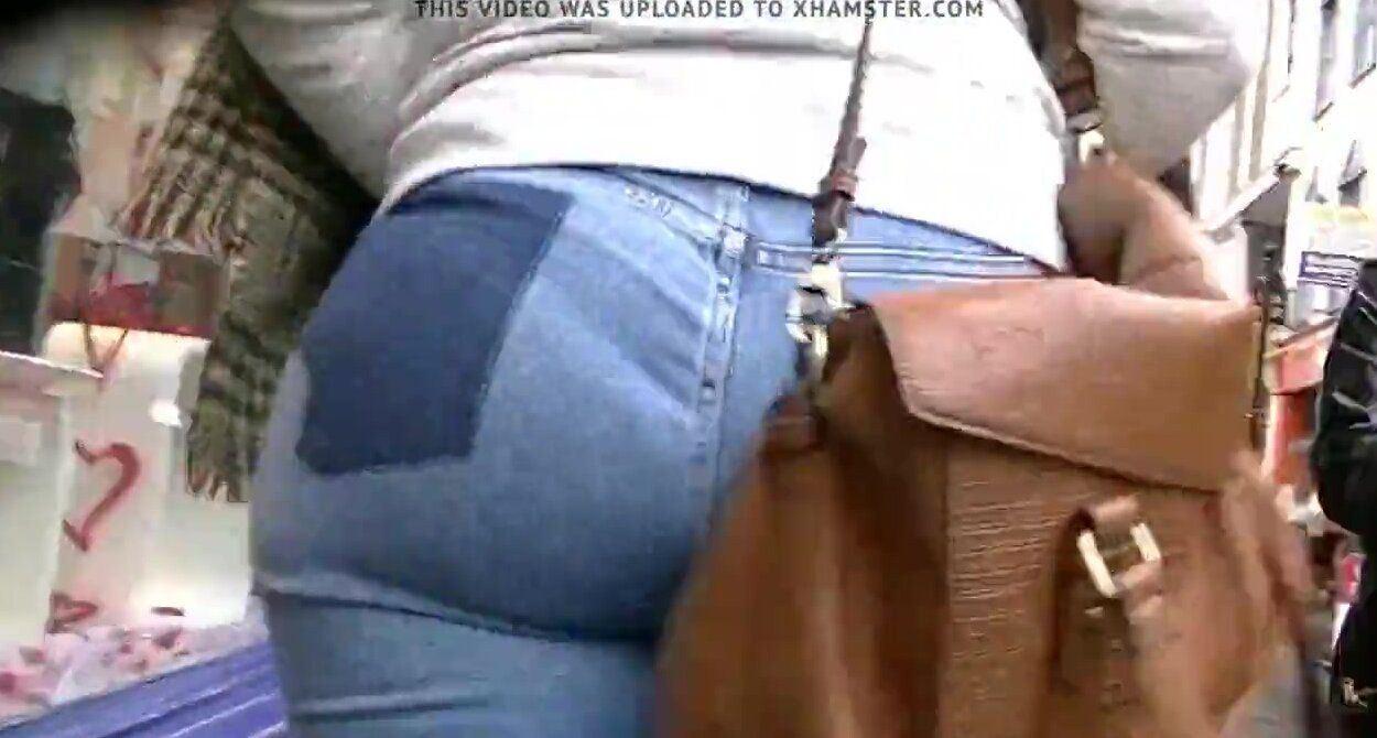 Jeans walking