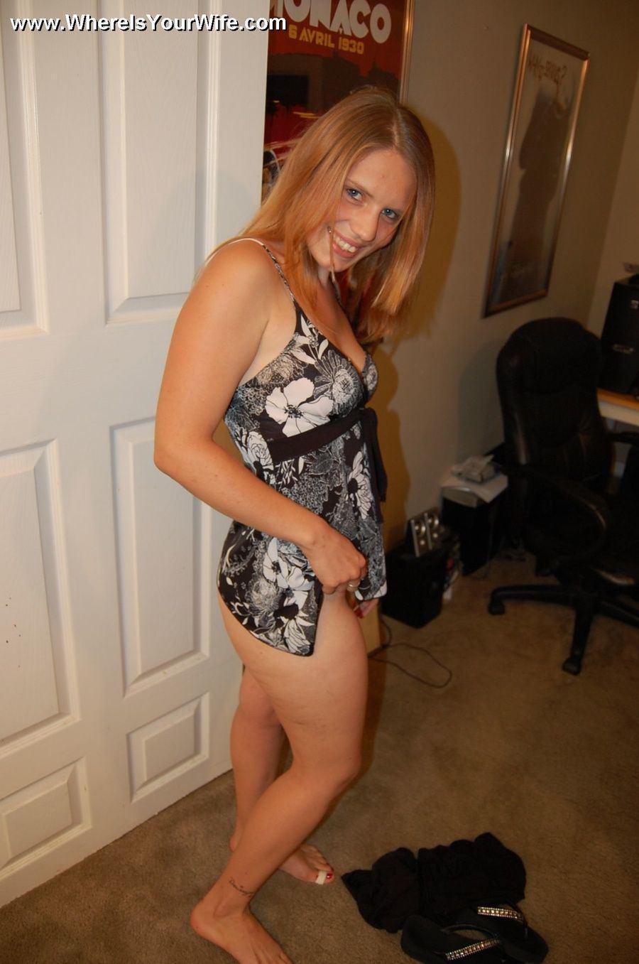 Mature blond mom big butt