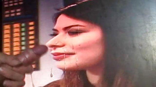 The E. Q. reccomend Miranda cosgrove cumshots gifs
