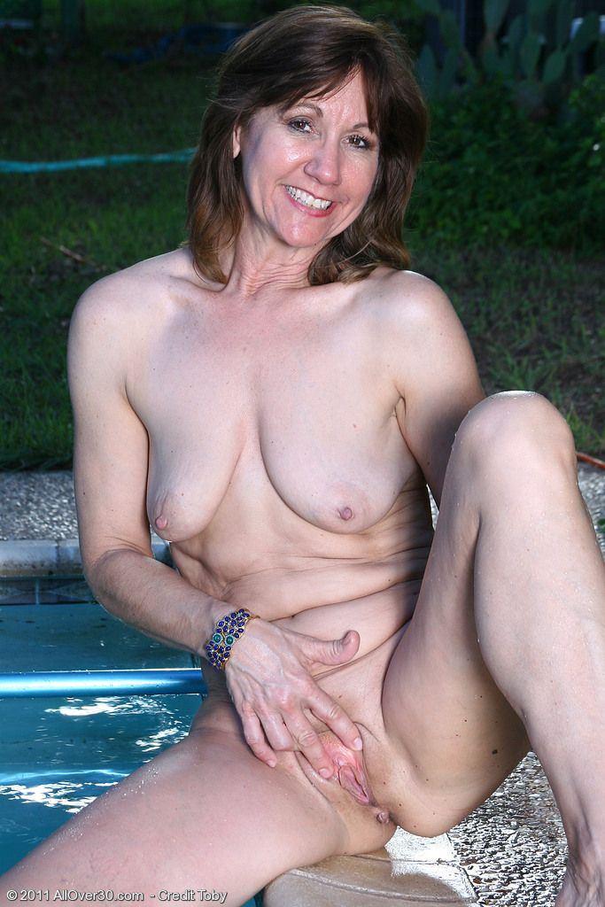 Jo J. reccomend old lady tits