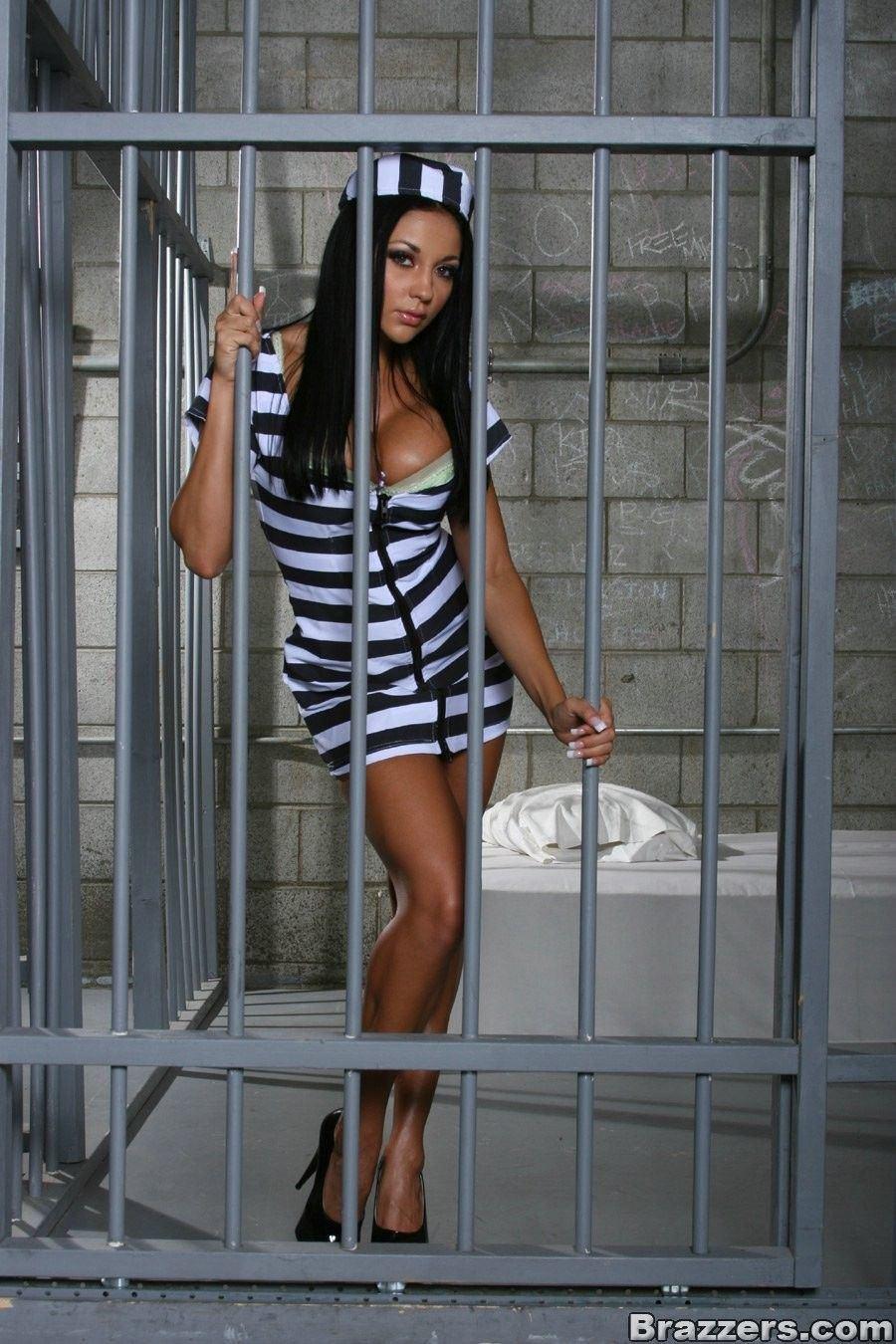 Vitamin C. reccomend prison guard fucks girl