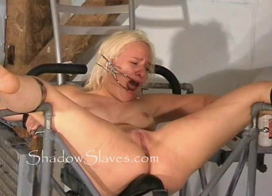 best of Whipping pussy cunt