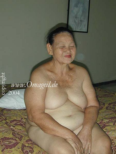 Real asian naked grandma