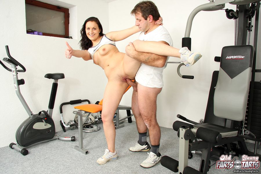 Kitten reccomend seducing gym instructor