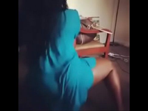Small ass twerking suck penis and fuck