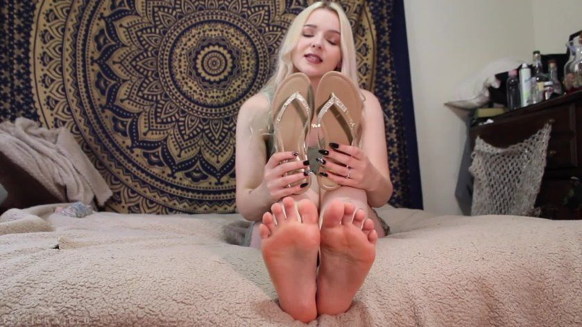 Biscuit reccomend violet feet joi